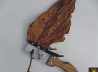 Обезжилване на тютюневи листа-ръчна машинка